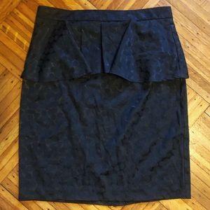 🌈EUC Forever 21 Black Circle Pattern Peplum Skirt